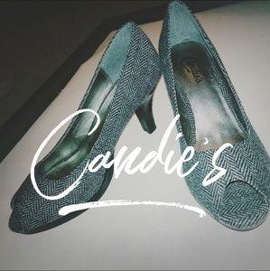 7.5 Candies Black and Grey Peep Toe Heels